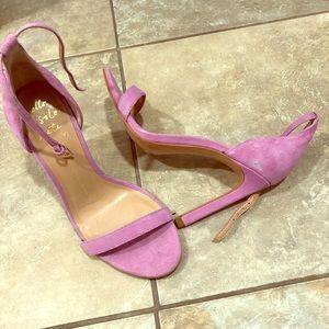 Beautiful suede lilac purple sandals, size 6